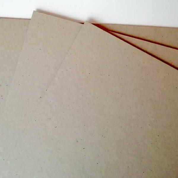 CARTÓN gris Contracolado 12″x12″ de 2 mm.